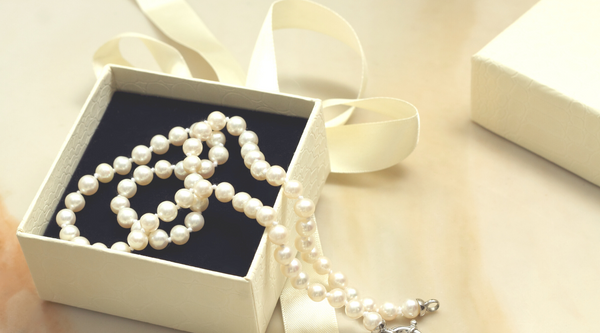 Pearls as a Gift