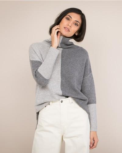 Two-Tone Roll Neck Cashmere Jumper in grey