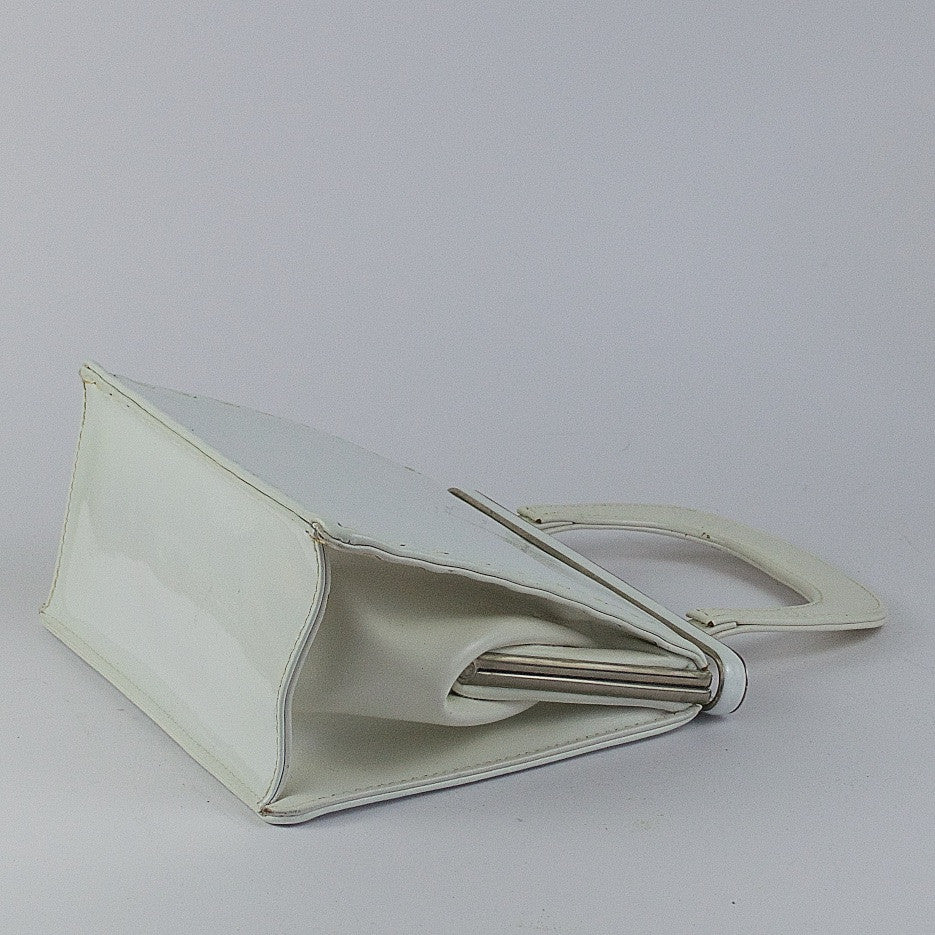 Vintage white patent leather handbag by Widegate London