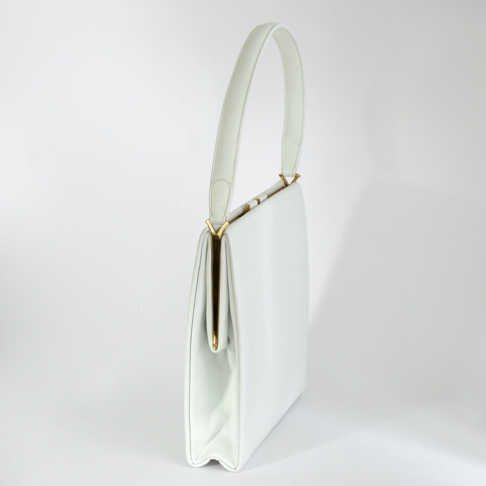 Vintage white leather handbag by Waldybag