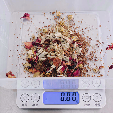 Create your own herbal tea blend