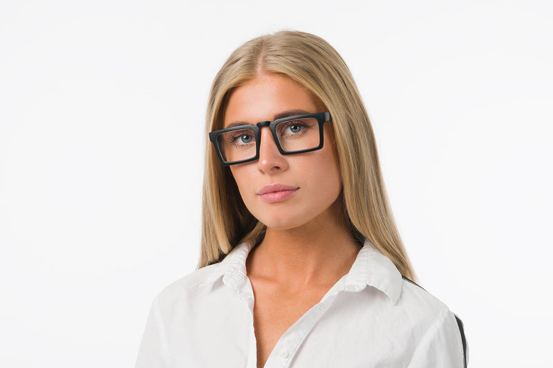 DYLAN black solid Reading Glasses