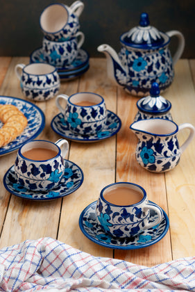 Blue pottery tea set for 6 persons with 15 pieces in total