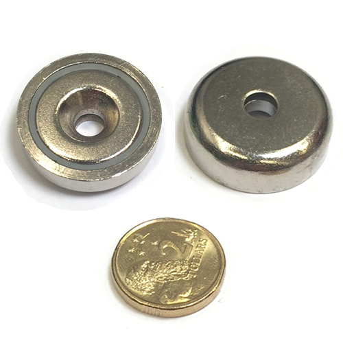 25 x 8mm Pot with 5.5mm Countersunk Hole (Rare Earth)