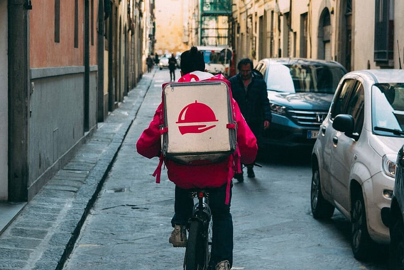 3 Ways You Can Stay Safe From Coronavirus As A Food Delivery Courier