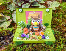 Load image into Gallery viewer, Blathers DS Lite Terrarium