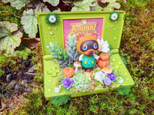 Load image into Gallery viewer, Tom Nook DS Lite Terrarium