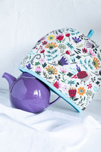 Load image into Gallery viewer, Melody Tea Cosy