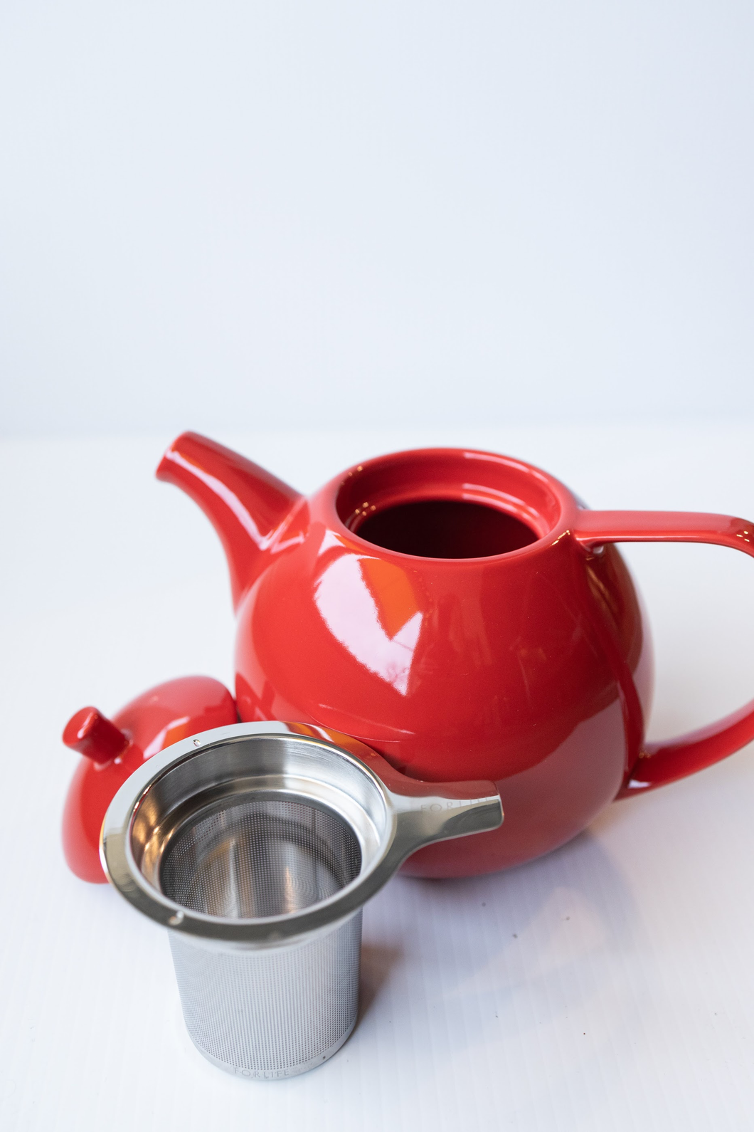 FORLIFE Curve Teapot (Red) 1325mL