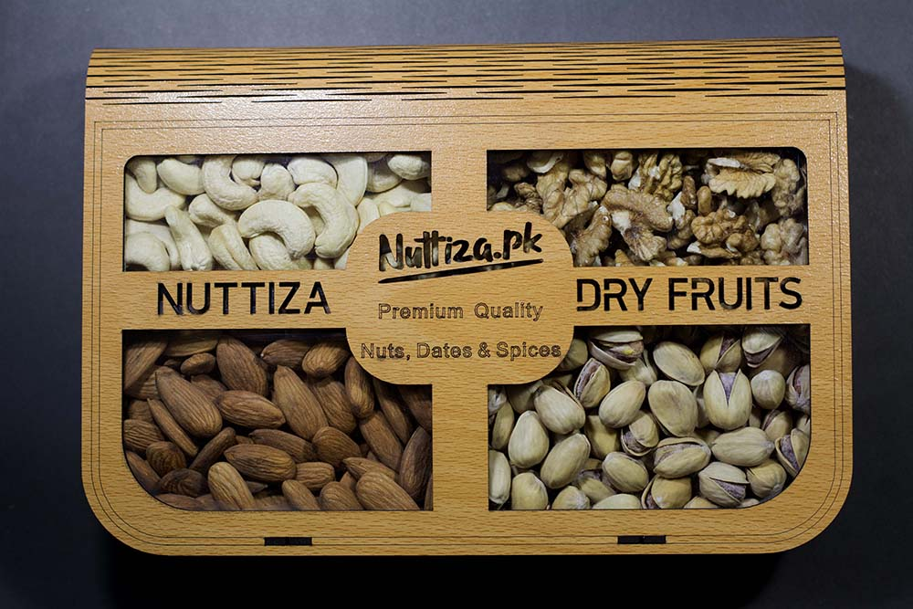 Dryfruits Gift Tray (4 Portion)