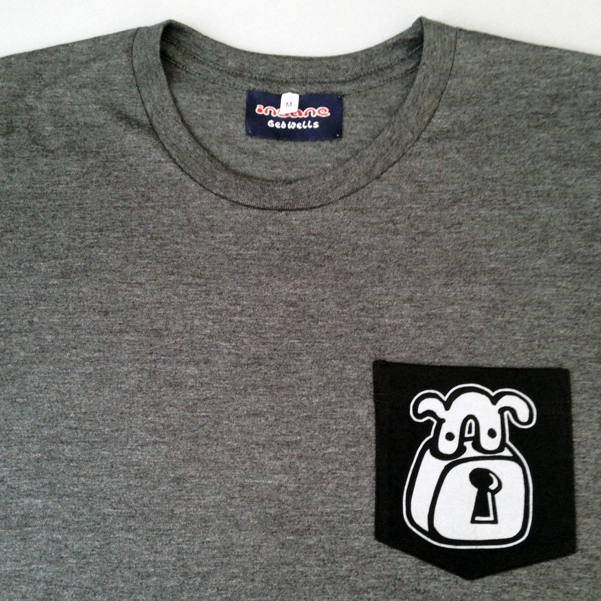 Padlock Dog pocket T shirt
