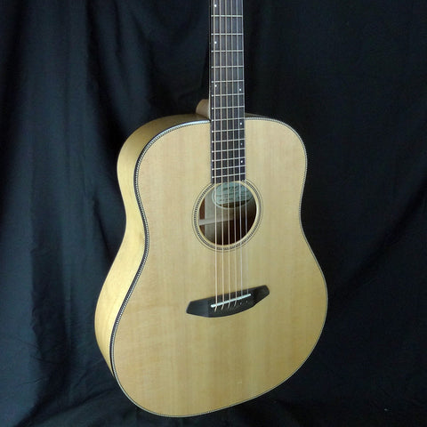 Breedlove Oregon Dreadnought Myrtlewood