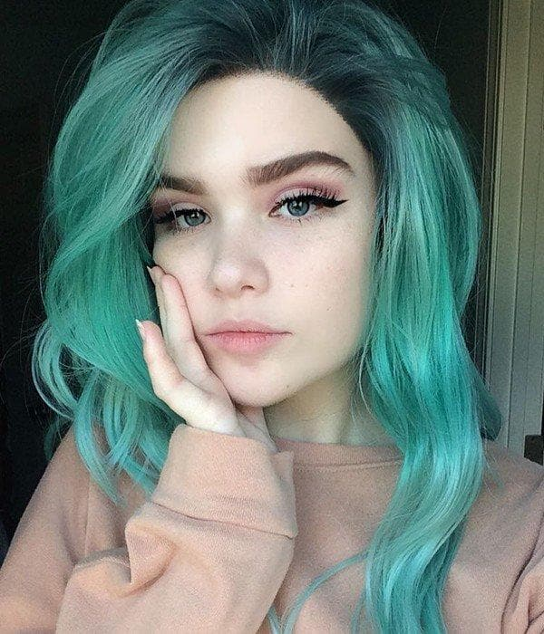 Green Color Wavy