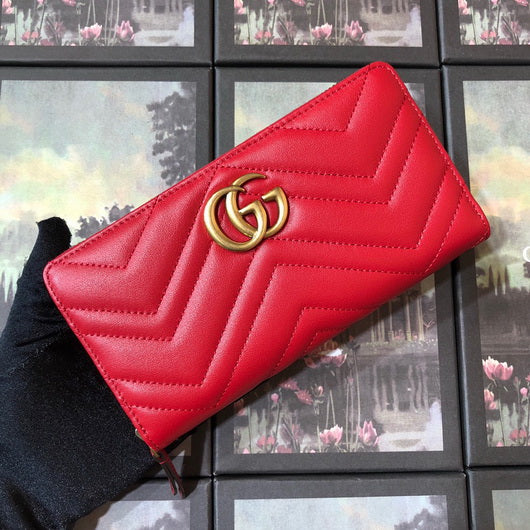 Gucci 443123 GG Marmont Wallet Red