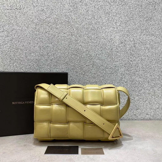 Bottega Veneta Shoulder bag 20206 Light yellow