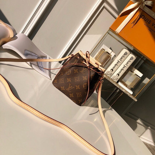 LV M41346 Louis Vuitton NANO NOE Monogram bag