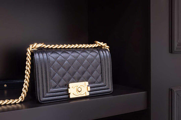 Chanel A67085 Small Boy Flap Handbag 94305 Calfskin Black