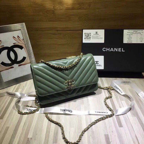 Chanel A80972 Wallet on Chain V Grid Lambskin Bag Green