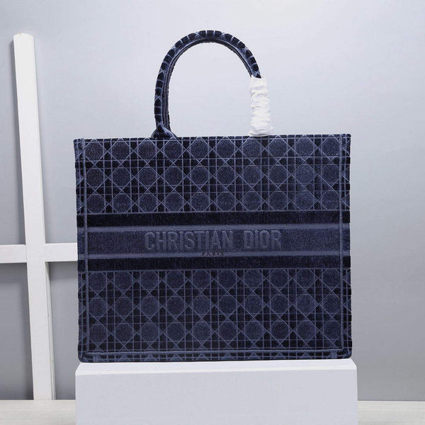 Dior M1286 Book Tote Bag Blue Cannage Embroidered Velvet