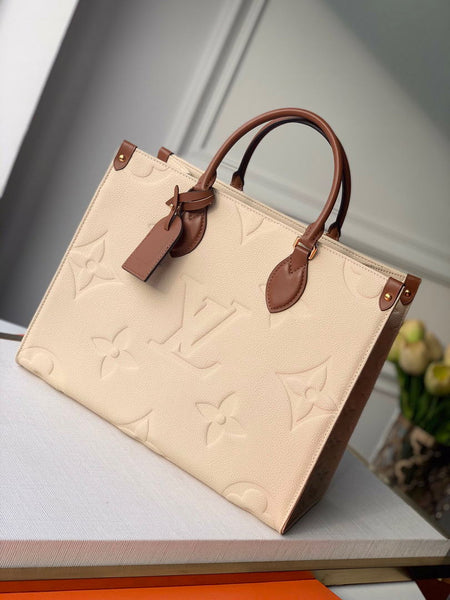LV M45040 Louis Vuitton Onthego Giant Monogram Leather Medium Tote Bag White