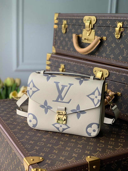 LV M45596 Louis Vuitton Exclusive Prelaunch Pochette Métis Bicolor Monogram Empreinte Leather