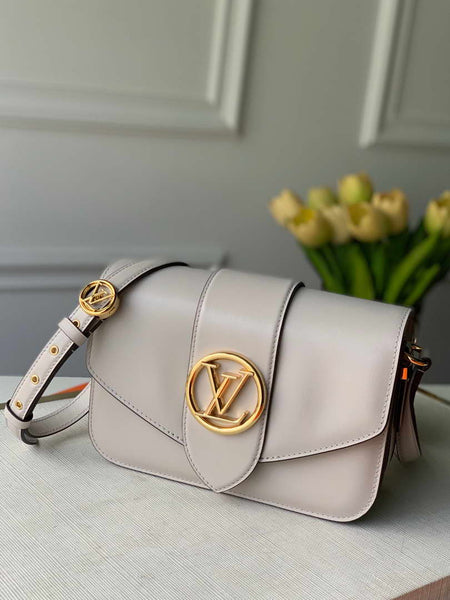 LV M55950 Louis Vuitton pont 9 High end Leathers Bag Cream