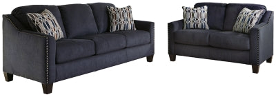 Creeal Heights Benchcraft 2-Piece Living Room Set