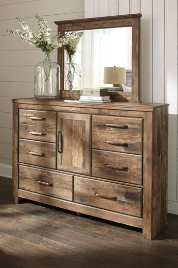 Blaneville Signature Design by Ashley Bedroom Mirror