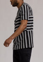 STRIPED STAR SS SHIRT