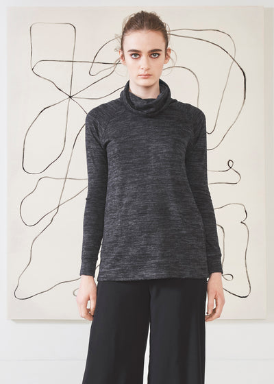 Dagg & Stacey Merrick Sweater.  Grey raglan sleeve turtle neck pullover.