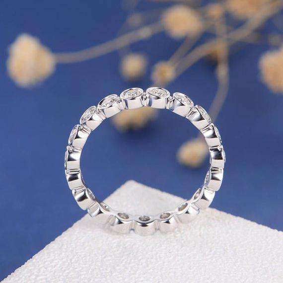 18K Moissanite Wedding Band White Gold Bezel Set Stacking Ring Eternity Band Moissanite Ring Infinity Matching Women Gift Minimalist stackable