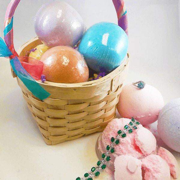 Jewelry Bath Bombs Gift Basket (5 Jewelry Bath Bombs in EACH basket!)-The Official Website of Jewelry Candles - Find Jewelry In Candles!