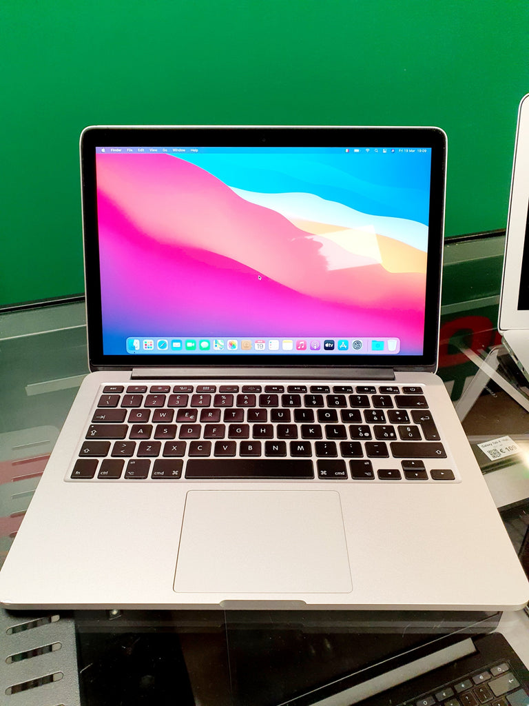 "Apple MacBook Pro Retina 13"" - 4 gb RAM - 256 gb (2013)"