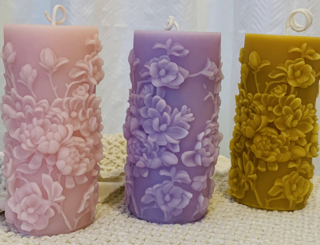 Westbeau Cottage Candles- Bouquet of Flowers Pillar