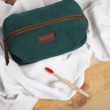 Load image into Gallery viewer, Dopp Kit - Green Tan