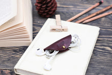 Load image into Gallery viewer, Cord Tacos - Burgundy-Tan
