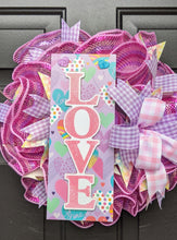 Load image into Gallery viewer, Playhouse Princess Pink Love Wreath