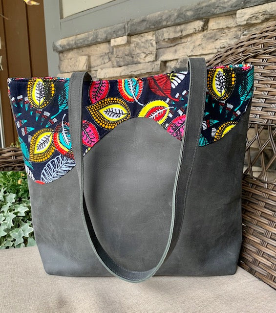 Kitenge Wave Gray Rustic Leather