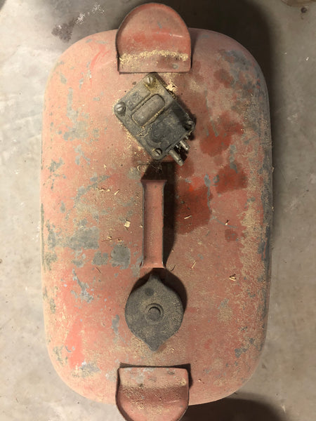 Vintage 5-gallon capacity fuel tank
