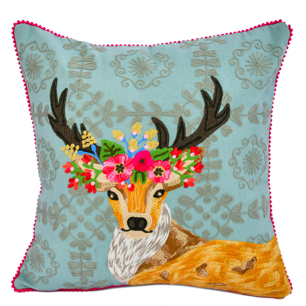 Antler  With Wallpaper Pillow 18