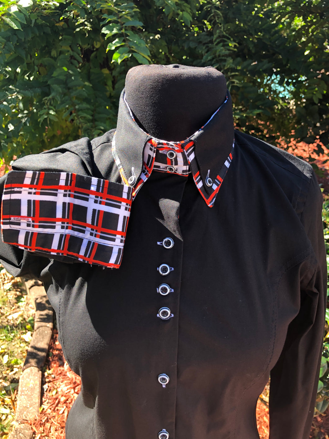 Black (Solid Collar) Button Up