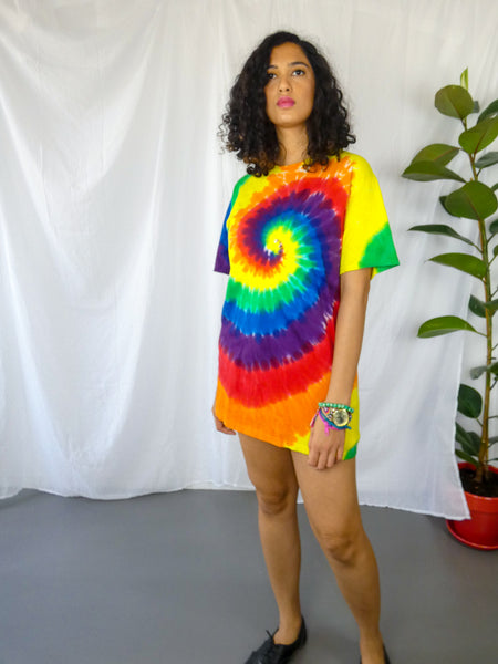 Preloved Rainbow Swirl Tie-Dye Tee