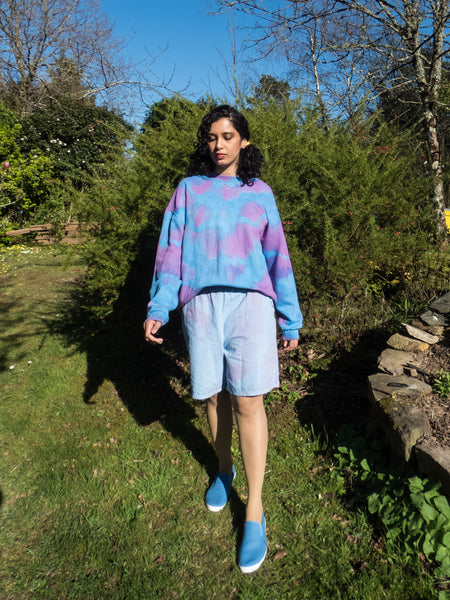 Vintage Oversized Blue & Purple Tie Dye Sweatshirt in Large