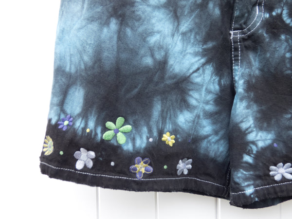 Vintage Black and Blue Tie Dye Embroidered Mini Shorts (Extra Small)