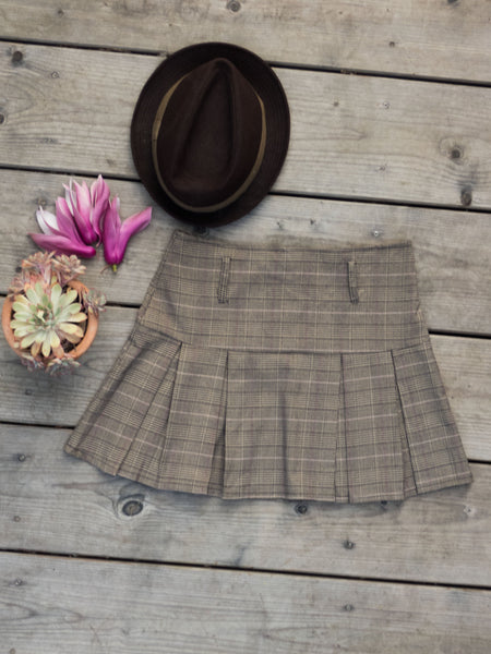 Vintage Preppy Brown Checkered Pleated Mini Skirt (Waist 29 inches / 73 cm )