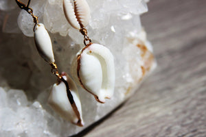 Cowrie pon Cowrie Brass Shell Earrings - We Love Brass