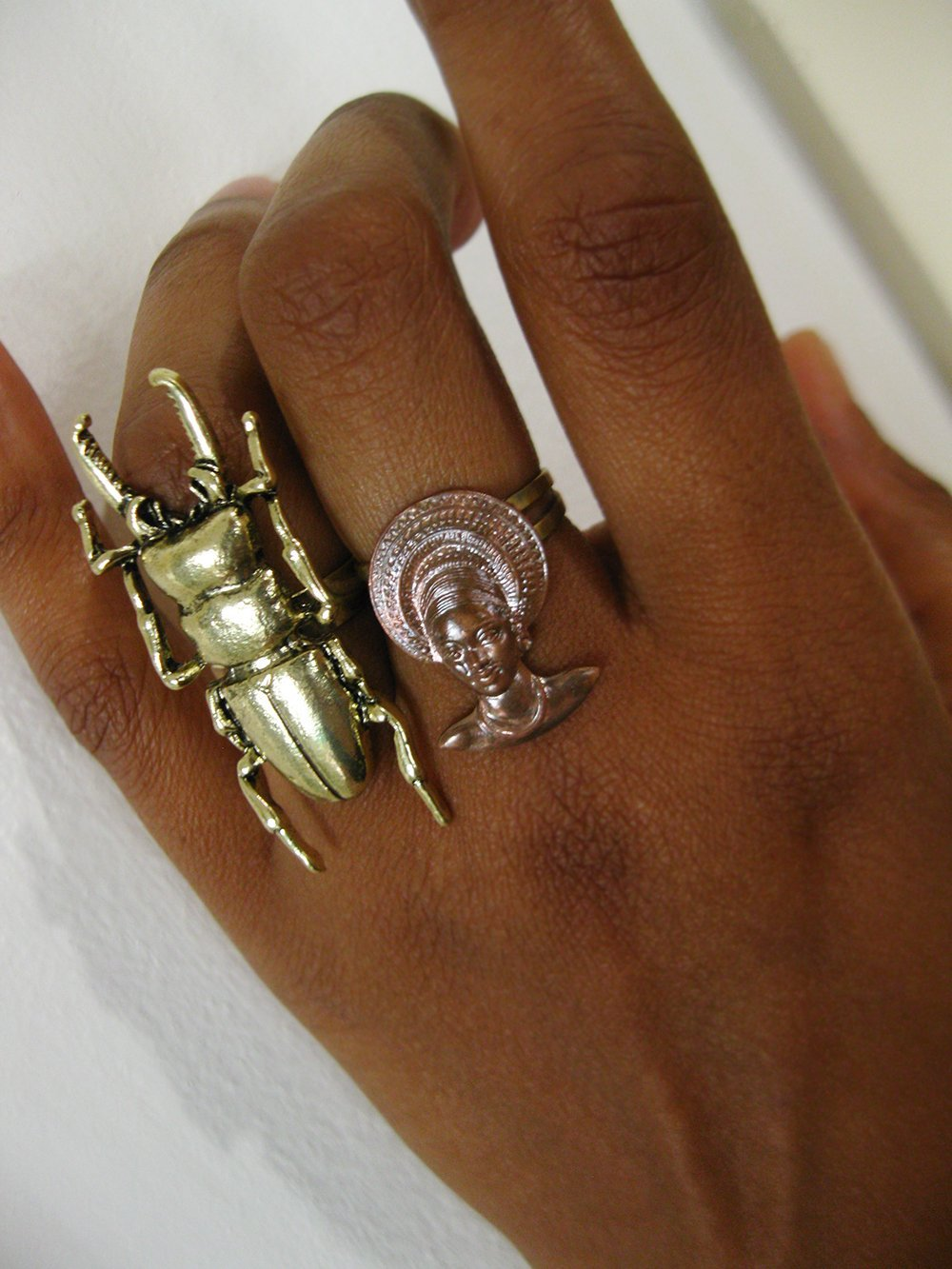 Scarab Beetle Ring - Golden Treasure Box