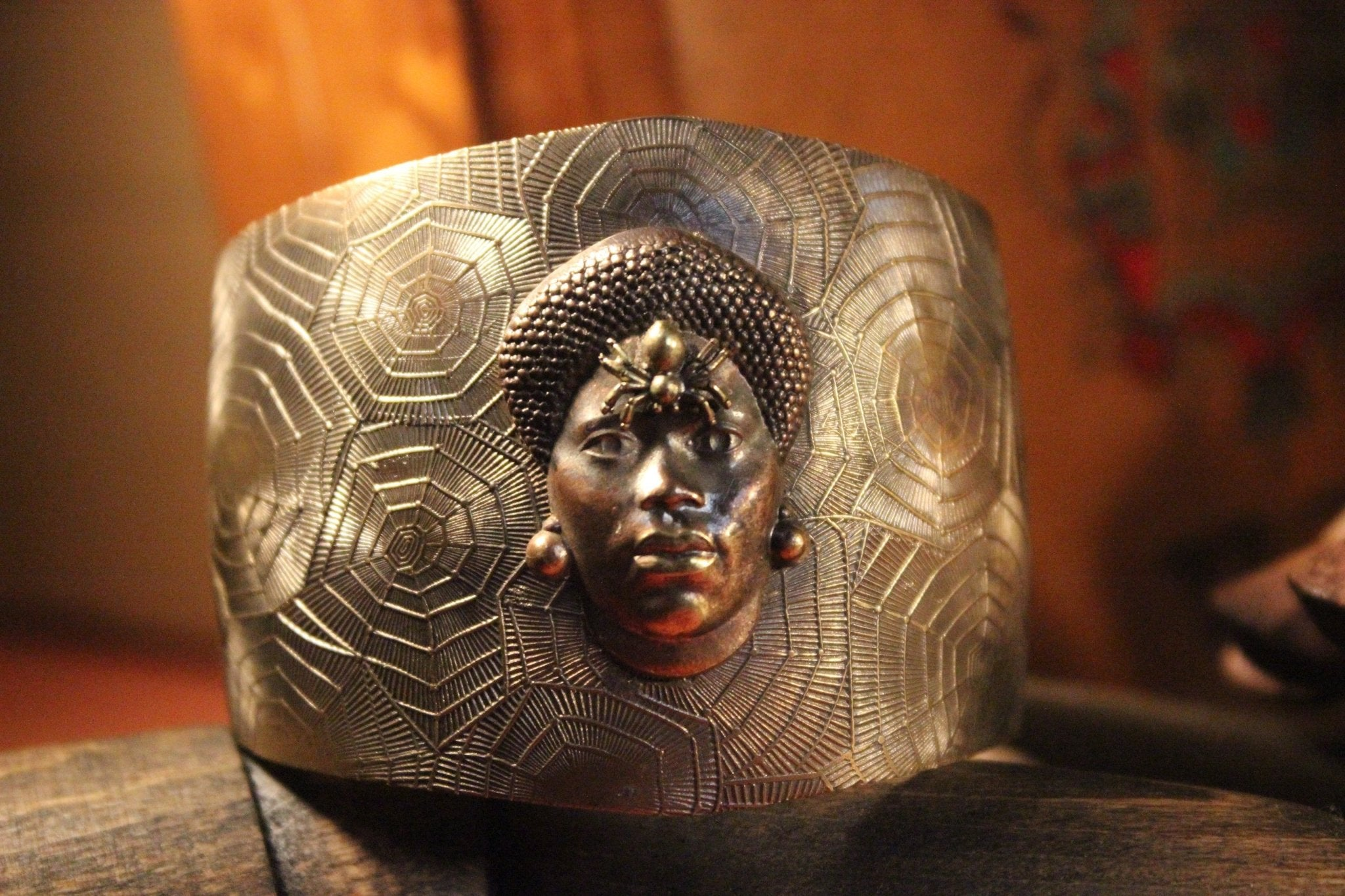 Teia Handmade Brass Cuff - Golden Treasure Box