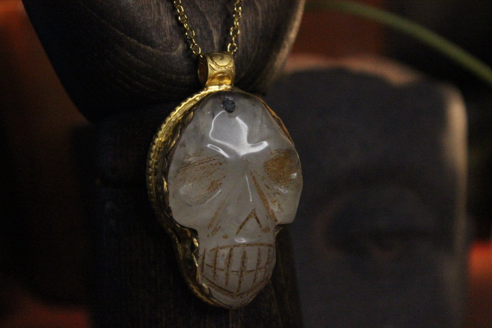 Thee Crystal Skull Necklace - Golden Treasure Box