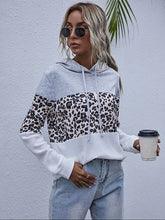 Load image into Gallery viewer, Contrast Leopard Pullover Hoodie